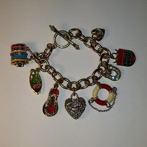 Juicy Couture Bracelet with 8 charms Beach Bling